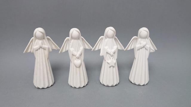 Anděl keramika stojící bílý
