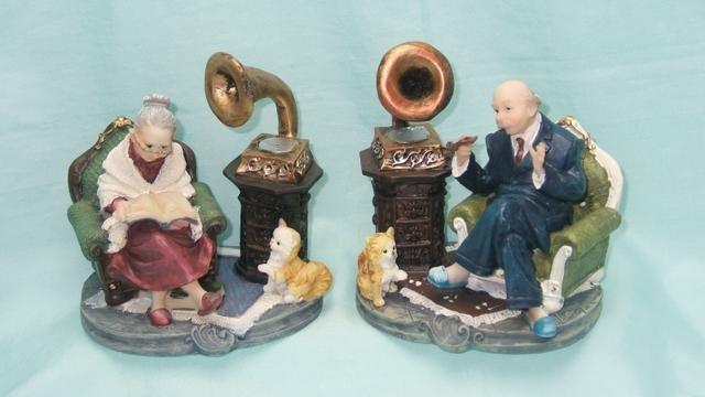 Důchodci s gramofonem