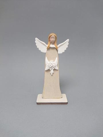 Anděl dřevo s květinou malý